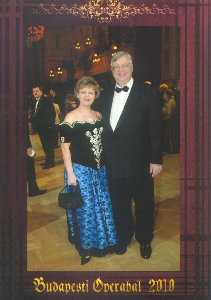 Operettenhaftes Gala-Konzert  zum Muttertag mit Lívia Buváry