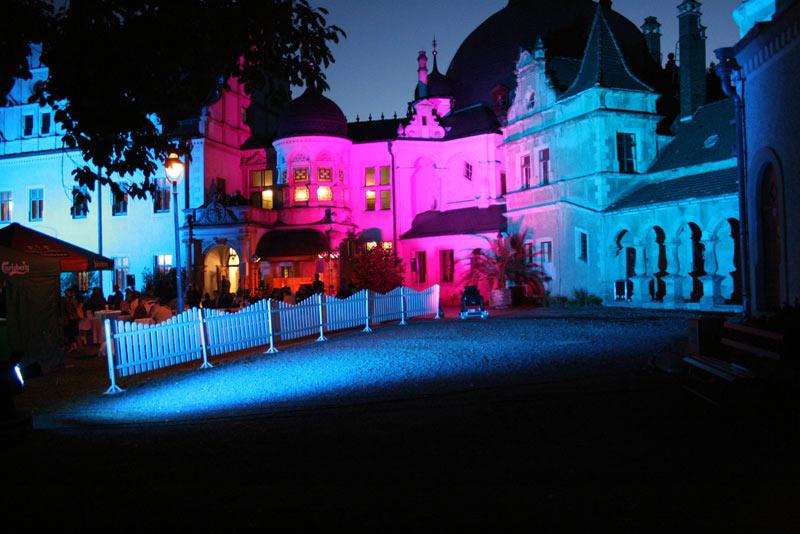 Start 01 - Schloss bei Nacht