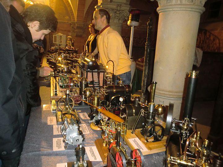 Start 09 - Schlossweihnacht - Dampfspielzeug-Ausstellung